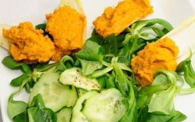 Paté de zanahorias, nueces y albahaca